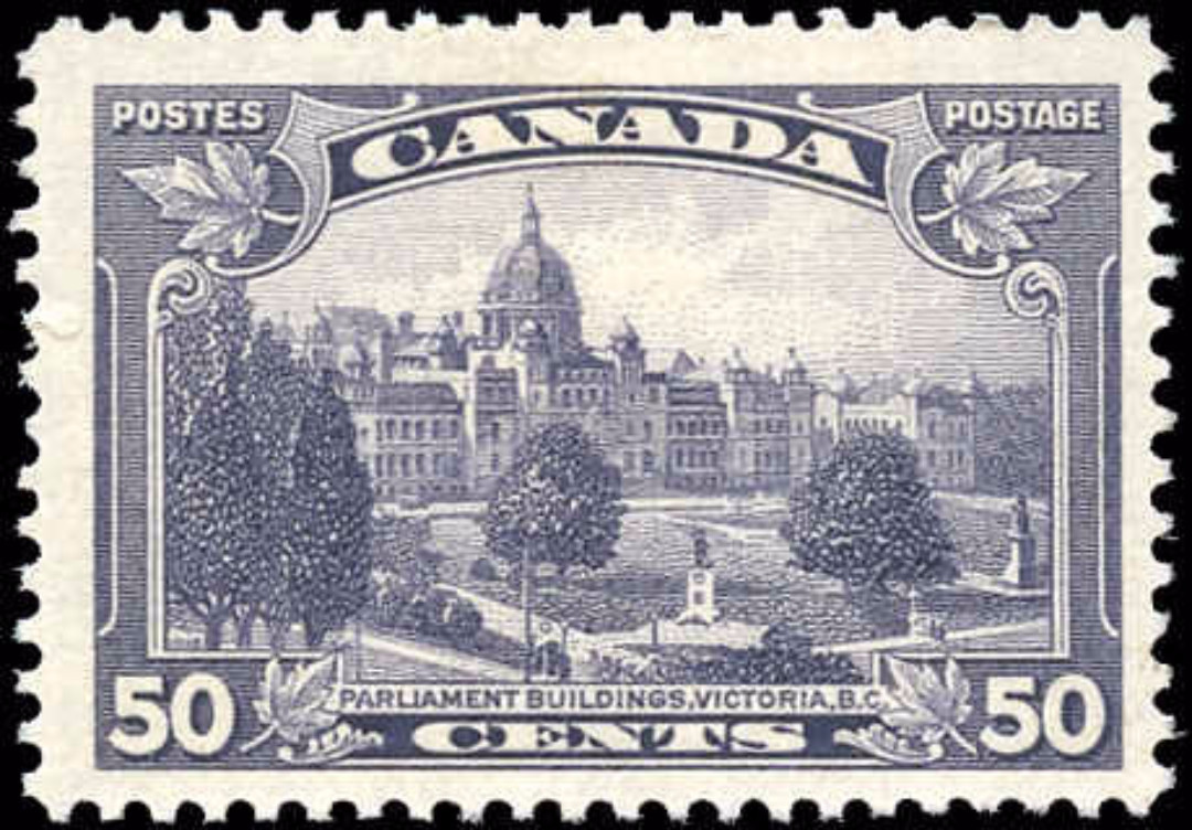 Canada #226, Pictorial Issue, F+, MH